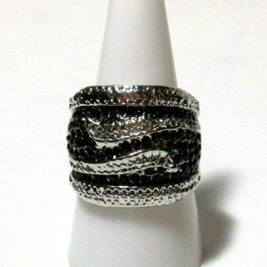 Ring Size 9 Simulate Black Onyx Swirl Art Deco 562